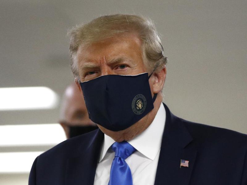 Trump trägt Maske - Rekord an Neuinfektionen in den USA