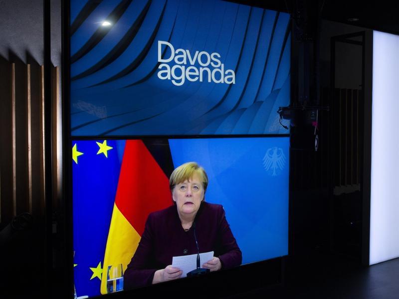 Bundeskanzlerin Angela Merkel spricht während einer Videokonferenz bei der Davos Agenda im Rahmen des Weltwirtschaftsforum. Foto: Salvatore Di Nolfi/KEYSTONE/dpa (© Salvatore Di Nolfi)