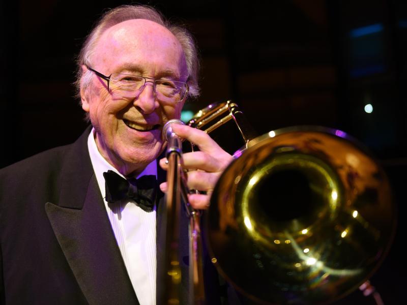 Jazz-Legende Chris Barber stirbt mit 90