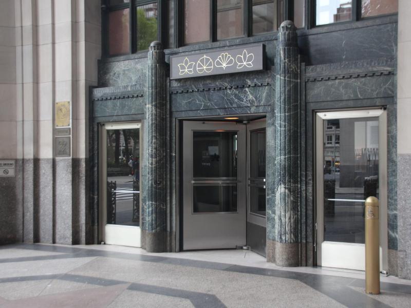 Bald nichts mehr für Steakfreunde: Das Luxusrestaurant «Eleven Madison Park» in New York. Foto: Christina Horsten/dpa (© Christina Horsten)