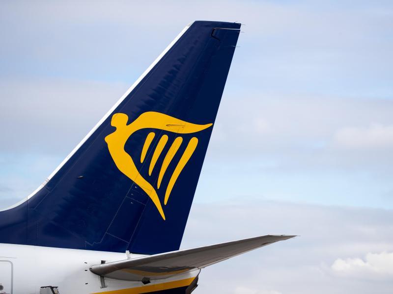 Ryanair hoff auf Lockerungen - geht aber zunächst von wenigen Passagieren aus. Foto: Daniel Karmann/dpa (© Daniel Karmann)