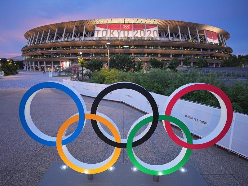 Die Eröffnungsfeier findet im Olympiastadion von Tokio statt. Foto: Michael Kappeler/dpa (© Michael Kappeler)