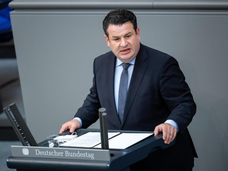 Arbeitsminister Hubertus Heil sieht die CDU nach dem Abschied von Bundeskanzlerin Angela Merkel auf dem Weg in die «soziale Kälte». Foto: Bernd von Jutrczenka/dpa (© Bernd von Jutrczenka)