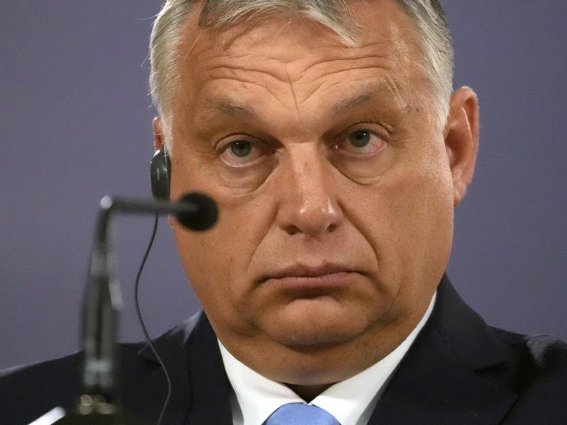 Viktor Orban, rechtsnationaler Ministerpräsident von Ungarn. Foto: Darko Vojinovic/AP/dpa (© Darko Vojinovic)