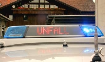 Auto kommt von Fahrbahn ab - 300.000 Euro Schaden -