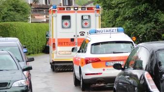 Foto: Motorradfahrer stirbt nach Unfall bei Kraftisried - Ostallgäuer prallt in Wagen einer Familie