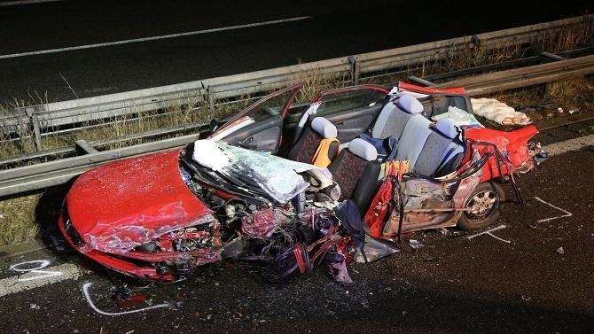 Falschfahrerin Verursacht Schweren Verkehrsunfall 87 Jährige