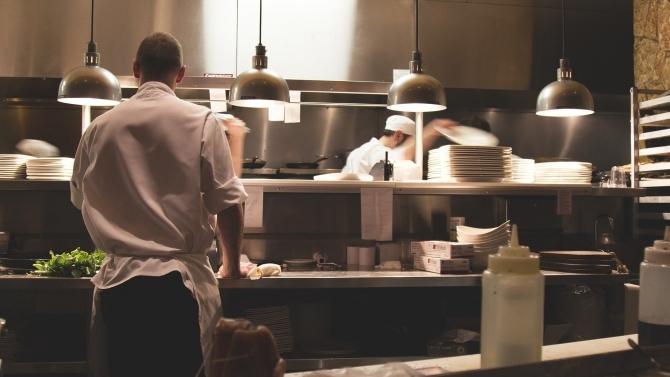 Ob Köche oder Servicemitarbeiter: Die Allgäuer Gastronomie braucht Nachwuchskräfte (© IHK Schwaben)