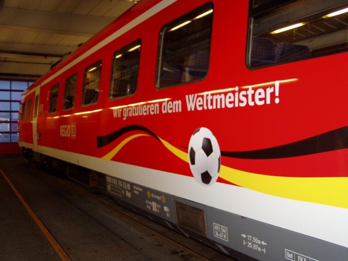 Deutsche Bahn Gratuliert Der Nationalelf Spezielle